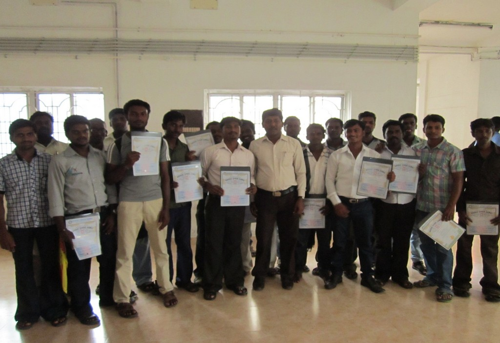 Mr. SHANMUGAM C.E.O WITH THE CANDIDATES WHO RECEIVED CERTIFICATES FROM THIRUVALLUR DISTRICT COLLECTOR  Mr. VEERARAGAVA RAO I.A.S